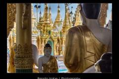 Mynamar_Yangon_Statues_at_Shwedagon_Pagoda